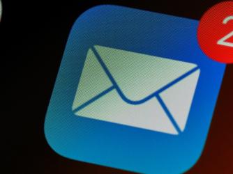Ako si nastaviť naiPhone predvolenú aplikáciu pre e-maily